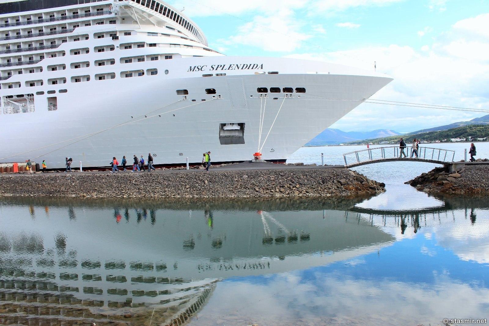 Круизный пароход Splendia в Акюрейри, северной столице Исландии, Акюрейри, круизные пароходы в Исландии, фото Стасмир, Photo Stasmir