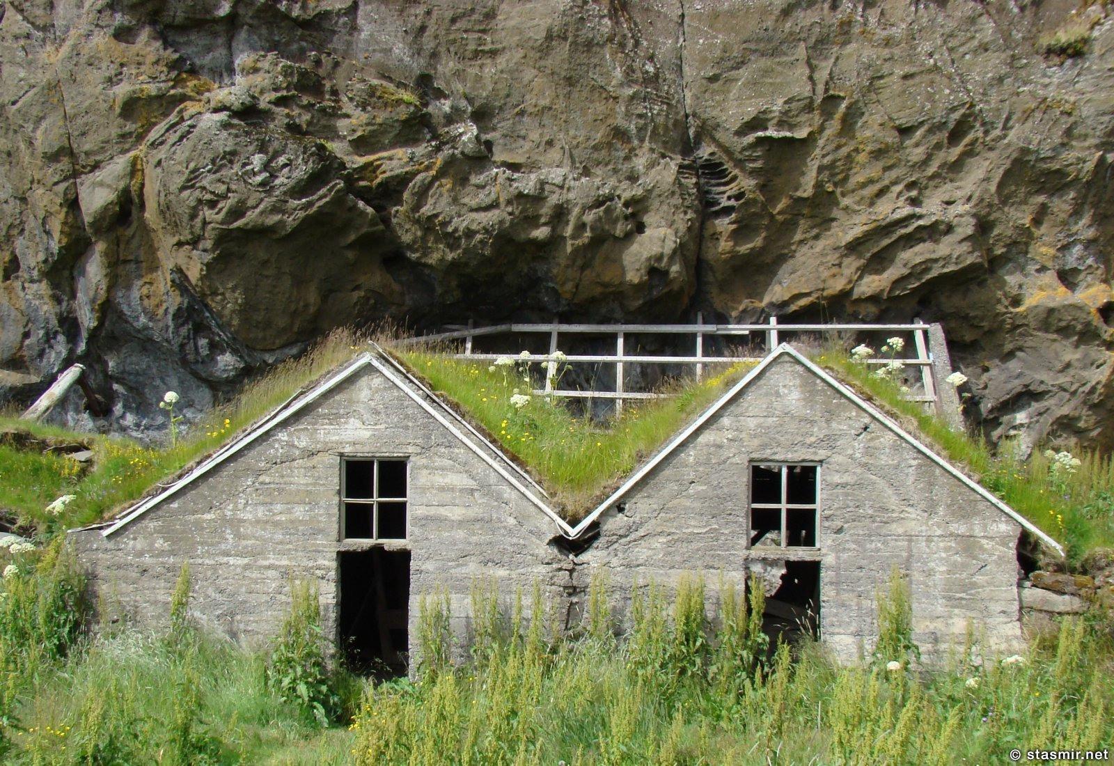 """цементные руины """"землянок"""" на Южной берегу, фото Стасмир, photo Stasmir"""