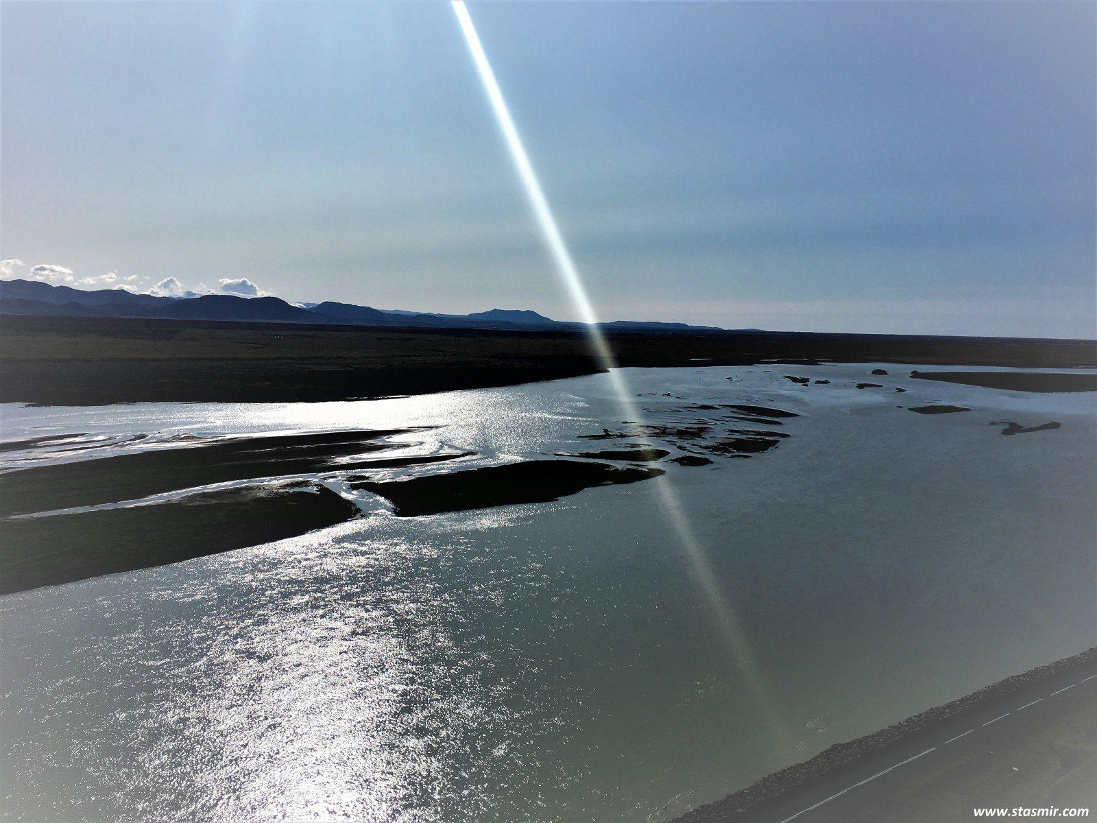свет в конце туннеля, фото Стасмир, photo Stasmir... Вид на Геклу в Южной Исландии