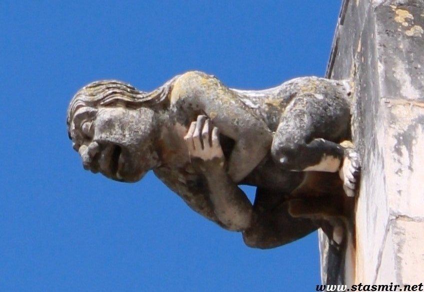 гаргулья, Португалия, passive voice, ворчливая реплика, мыслительный процесс, думка - Дума
