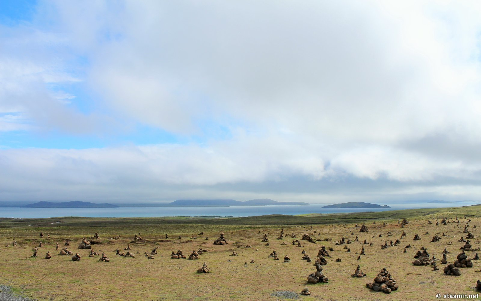 Þjóðgarðurinn á Þingvöllum, Национальные Парки Исландии, Тингведлир, пирамидки из камней,