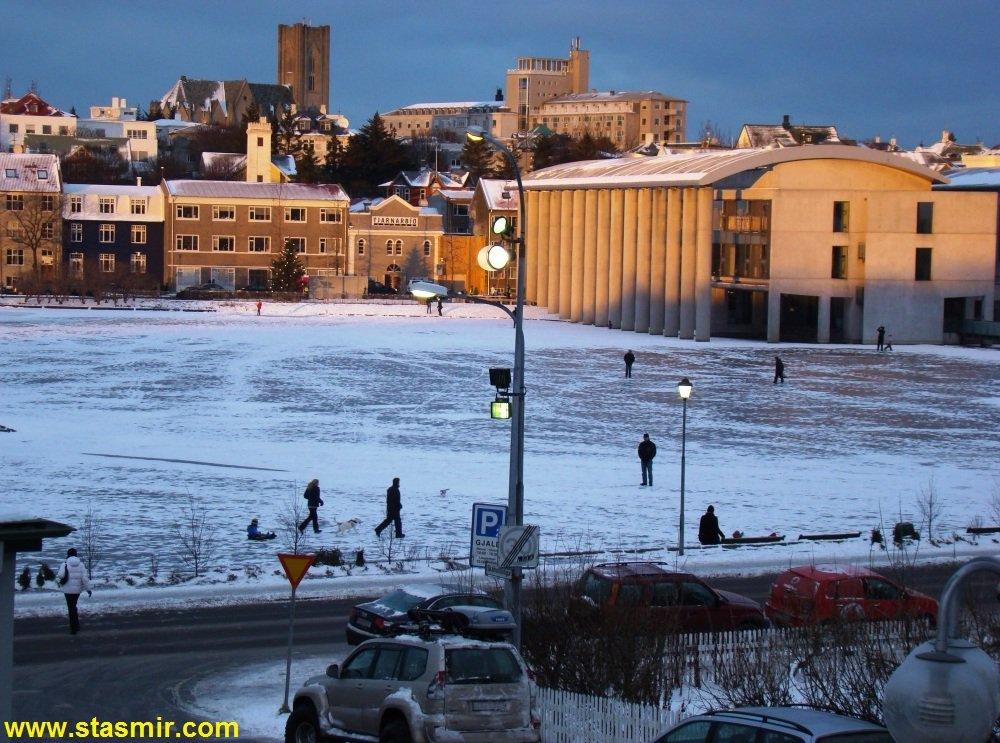 Пруд Тьорнин (tjornin), Городской пруд Тйёрнин, Рейкьявик, Исландия, фото Стасмир, photo Stasmir