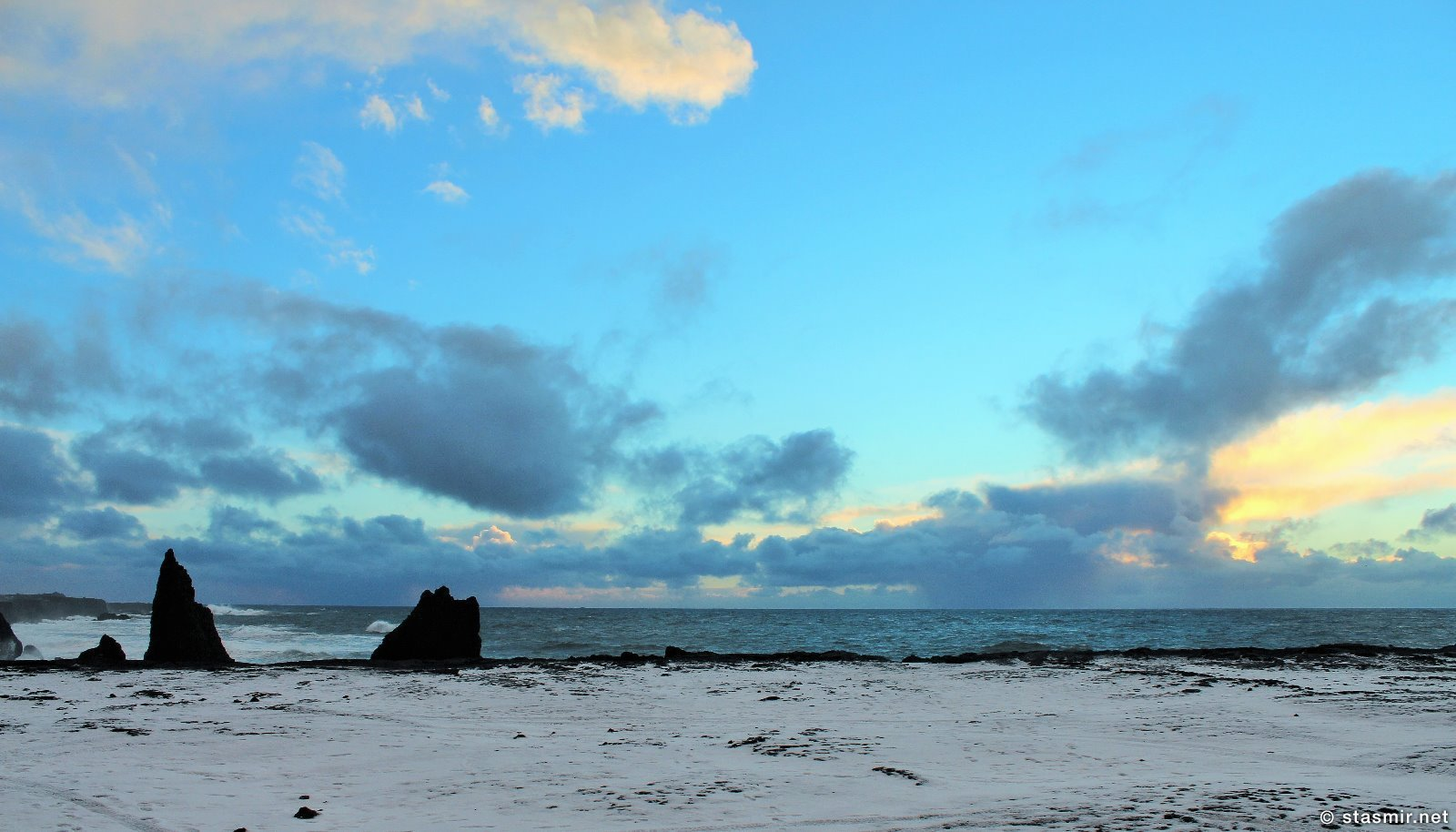 Скалы в районе Reykjanesviti, Исландия, фото Стасмир, photo Stasmir