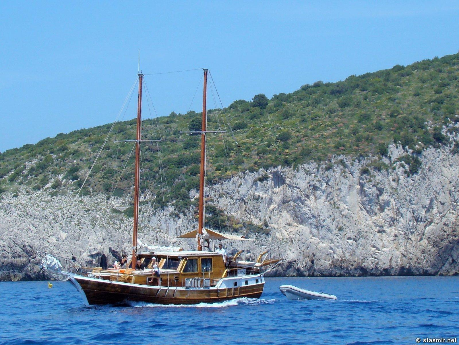 яхта Джека Николсона с йими самими на борту около Капри, фото Стасмир, Photo Stasmir