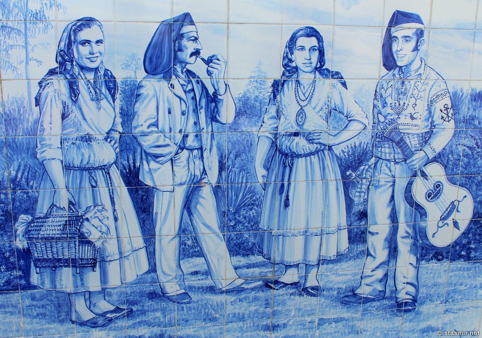 Азулейжу в Повоа де Варизим, португальцы в праздничных костюмах, Повуа-ди-Варзин, Póvoa de Varzim, фото Стасмир, photo Stasmir