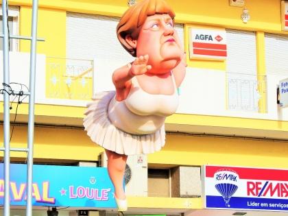 Ангела Меркель на карнавале 2016 в Лоле, Алгарве, Португалия. фото Стасмир, photo Stasmir