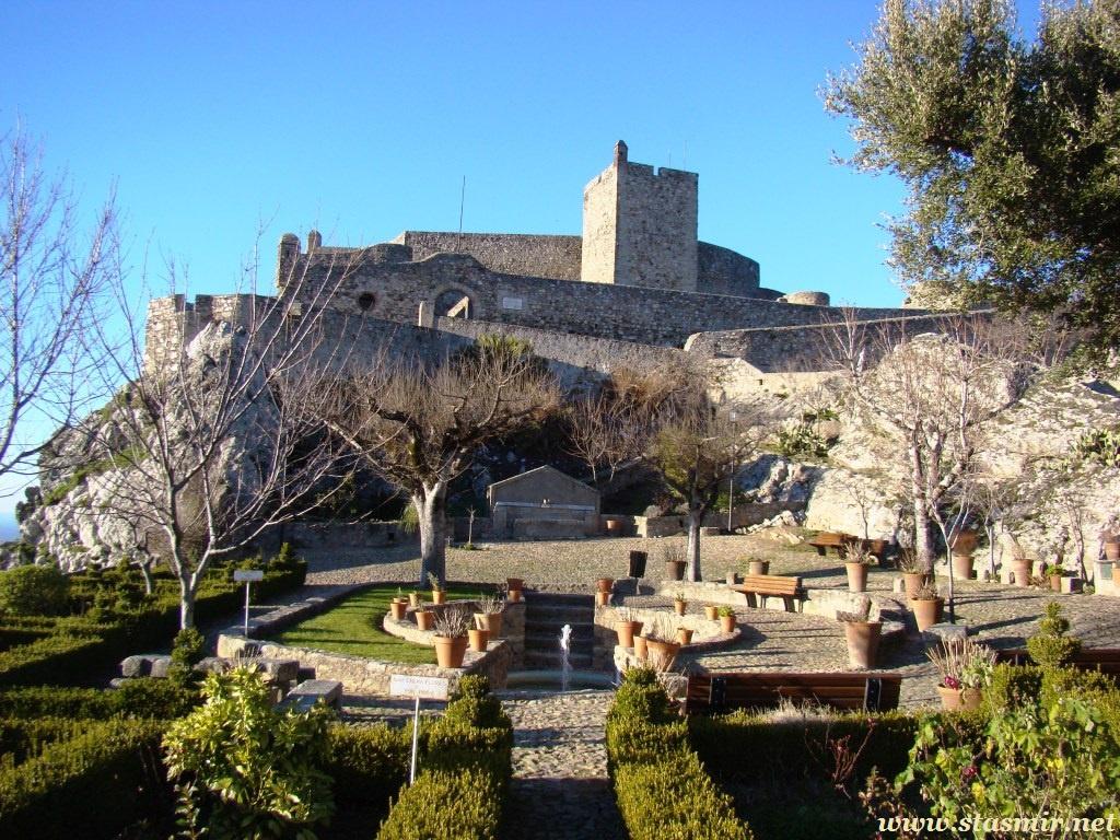 castle-tom
