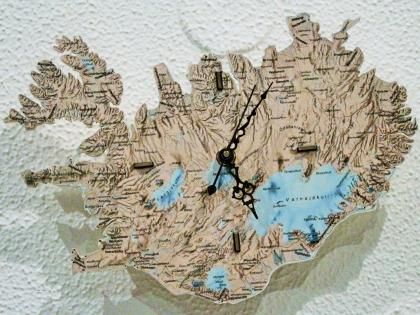 Настенный часы - карта Исландии, фото Стасмир, Photo Stasmir