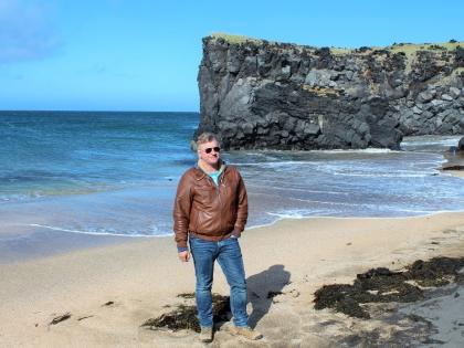 Стасмир на белом пляже Öndverðarnes на самом западе полуострова Снайфедльснес, фото Стасмир, photo Stasmir