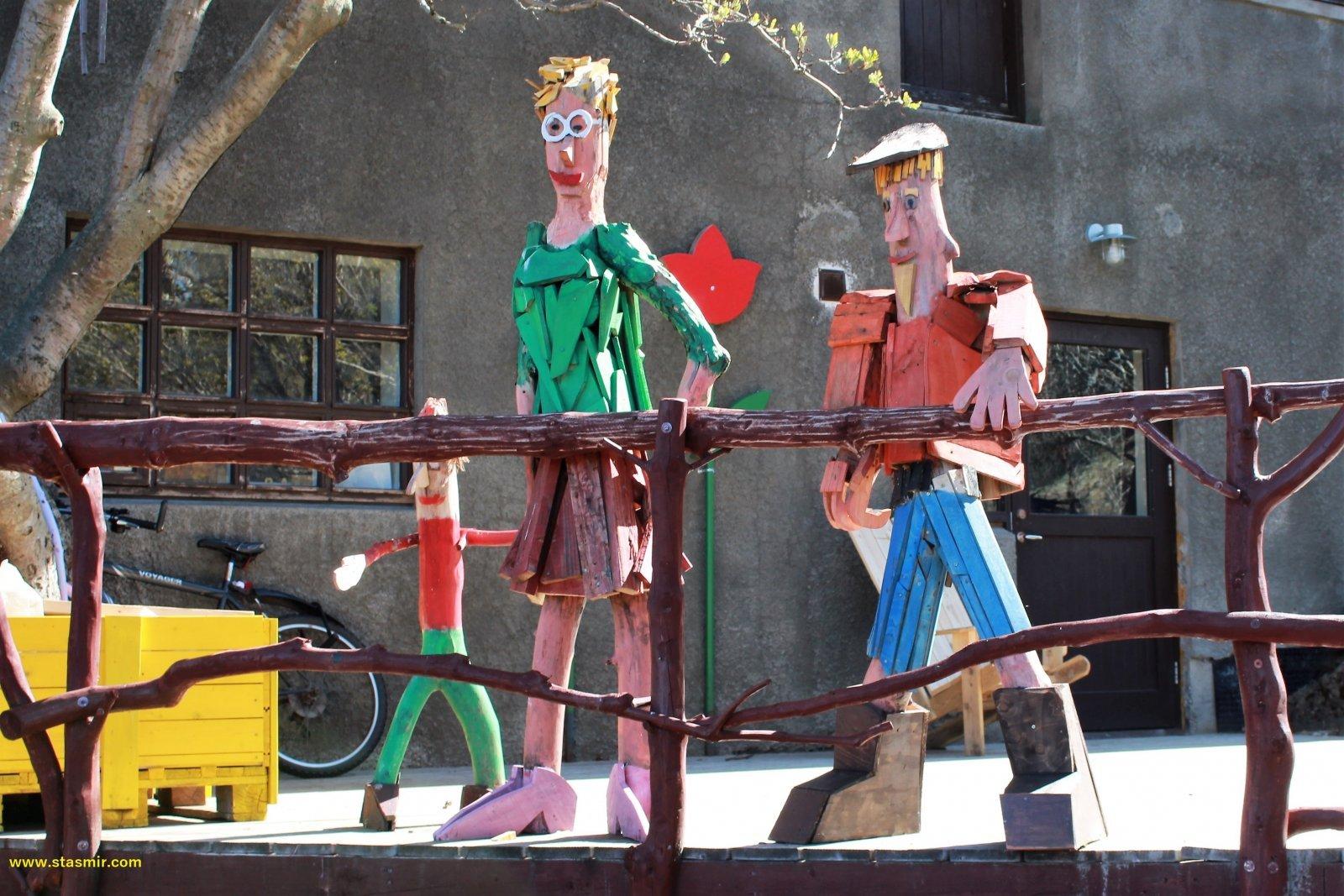 Веселые деревянные человечки в Мосфедльсбаере, фото Стасмир, Photo Stasmir