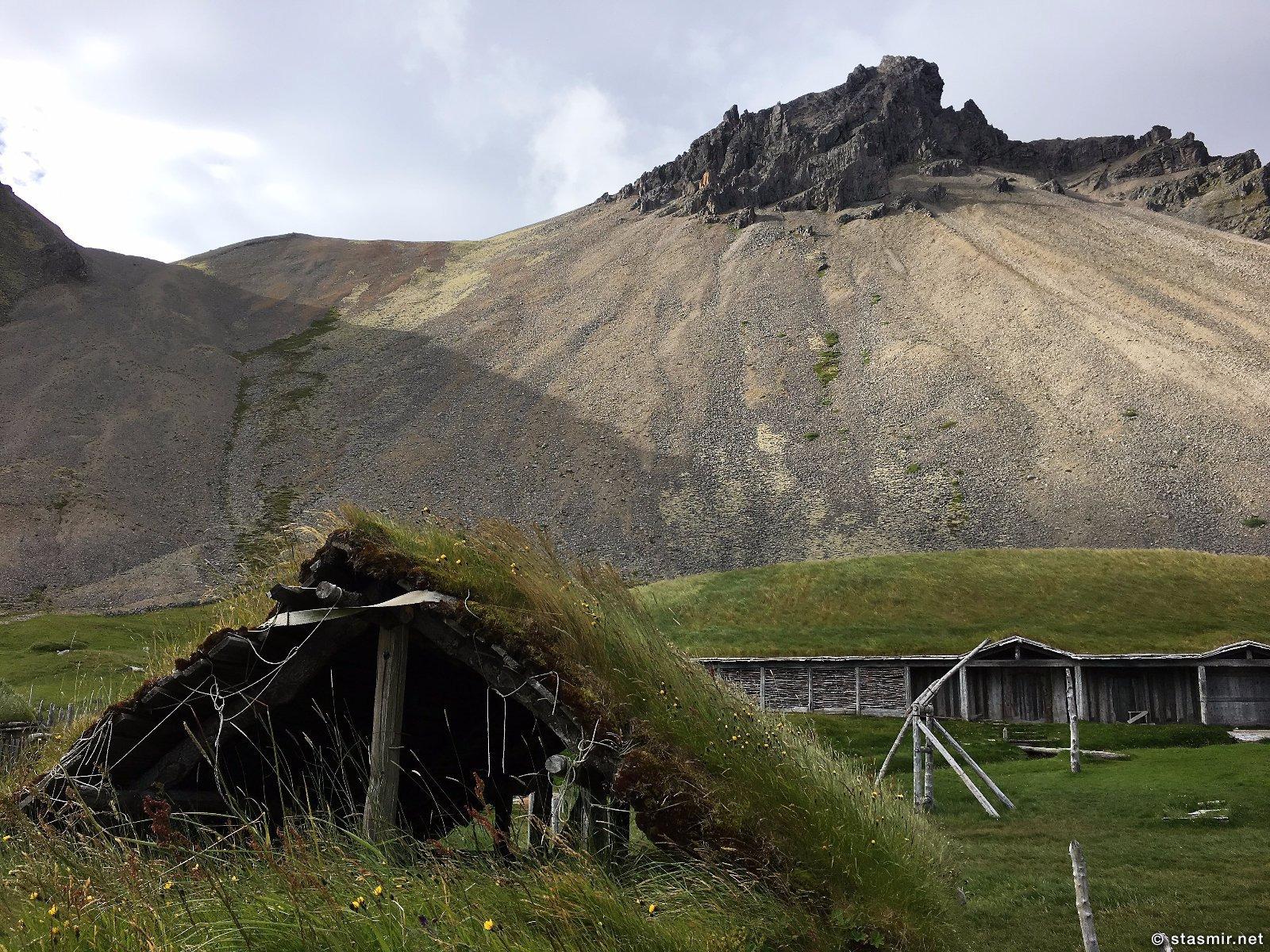 декорации деревни викингов для съемок голлвудского фильма в Исландии, фото Стасмир, photo Stasmir, декорации деревни викингов для съемок голлвудского фильма в Исландии, голливудская деревня викингов в Исландии