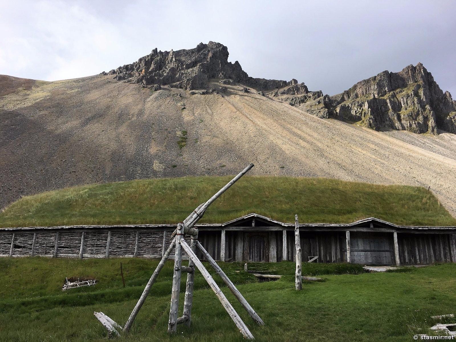 viking village in Iceland, деревня викингов в Исландии, декорации деревни викингов для съемок голлвудского фильма в Исландии, фото Стасмир, photo Stasmir