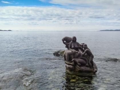 Гренландия, Greenland, монумент Матери Моря, Mother of the Sea