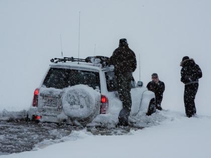 Ниссан провалился под лед на пути на Ландманналаугар, фото Стасмир, photo Stasmir