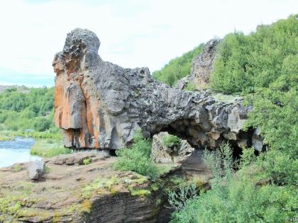 Gjáin, магическая точка водопадов Гйауин, самое красивое место в Исландии, фото Стасмир, photo Stasmir, Landmannalaugar, Ландманналёйгар, базальтовые колонны в Исландии, остановка по пути в Ландманналёйгар