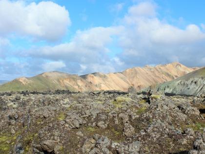 обсидиан, заросли обсидиана, hrafntinna, фото Стасмир, photo Stasmir, Landmannalaugar, Ландманналёйгар, пешие маршруты на Ландманналёйгар, желтый горы, желтые риолитовые горы