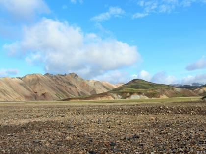 риолитовые горы, риолит, желтые горы, туристическая база Ландманналёйгар, фото Стасмир, photo Stasmir, Landmannalaugar
