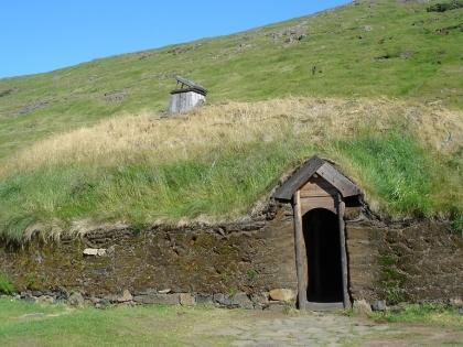 Þjóðveldisbærinn Stöng - это восстановленный торфяной дом в Южной Исландии на маршруте Ландманналёйгюр, фото Стасмир, Photo Stasmir