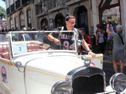 Еще один белый Форд на улицах Лиссабона, фото Стасмир, photo Stasmir