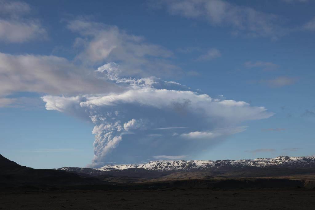 Saturday2 gyst, eruption, Iceland