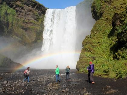 Скоугафосс в радугах на маршруте Южный Берег Исландии, фото Стасмир, photo Stasmir