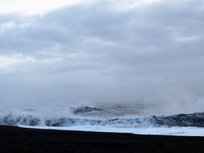 Свирепые волны на Рейнисфйару, фото Стасмир, Photo Stasmir