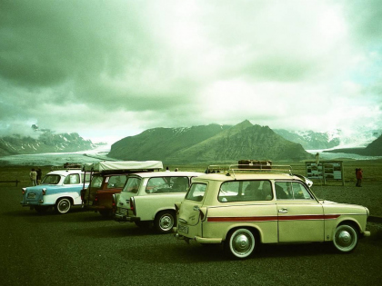 trabant-in-iceland-pic-by-guya-lomogrpahy. Трабанты в Исландии, фото Guya, ломография, взято с интернета