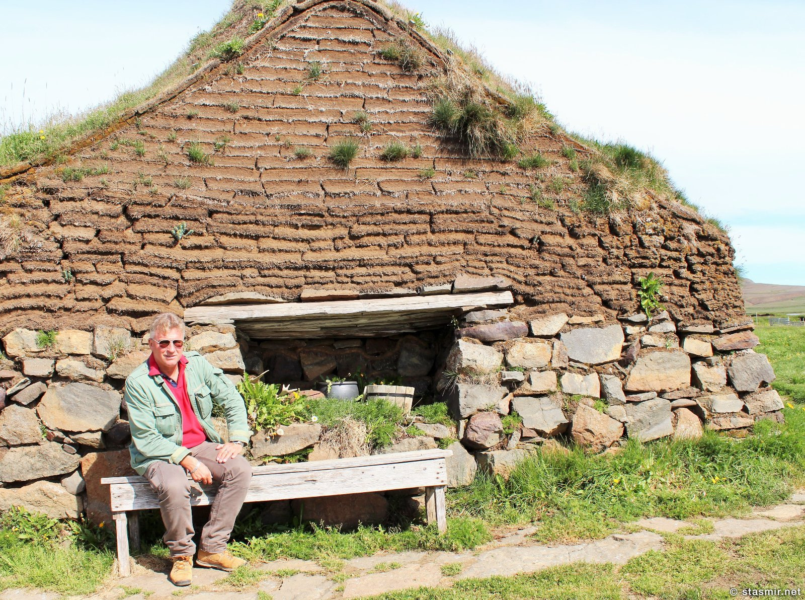 Sænautasel, исландская землянка в местечке Сайнёйтасель по дороге к вулкану Аскья, Восточная Исландия, фото Стасмир, photo Stasmir, Jökuldalsheiði