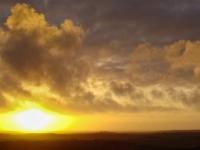 Закат зимнего солнца на южном побережье полуострова Reykjanes (Рейкьянес), недалеко от таинственной Страндкирхи — самой богатой в Исландии_ Photo Stasmir, Фото Стасмир, Фото Станислав Смирнов, Photo Stanislav Smirnov
