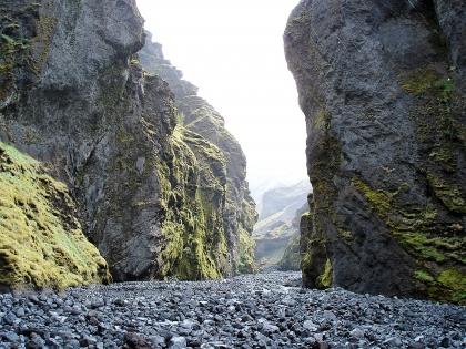 Ущелье и речка по пути в Тоурсмёрк, Торсморк, Þórsmörk, фото Стасмир, photo Stasmir