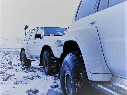 Ниссаны-патрули по дороге в Тоурсмёрк, Торсморк, Þórsmörk, фото Стасмир, photo Stasmir