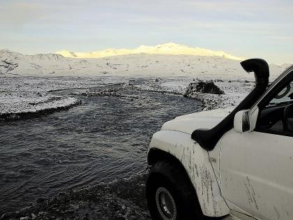 Ниссан Патруль со шноркелем на джип-тропе к Торсморку, Тоурсмёрк, Þórsmörk, фото Стасмир, photo Stasmir