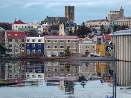 Город, берег и вода