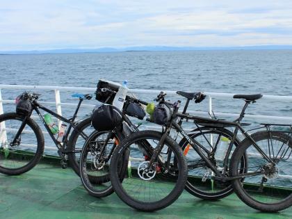 велосипеды на борту парома из Стиккисхолмюра в BRJÁNSLÆKUR, Брьяунслайкюр, Западные фььорды Исландии, фото Стасмир, photo Stasmir