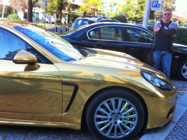 Золотой Porsche в Фару, Алгарве