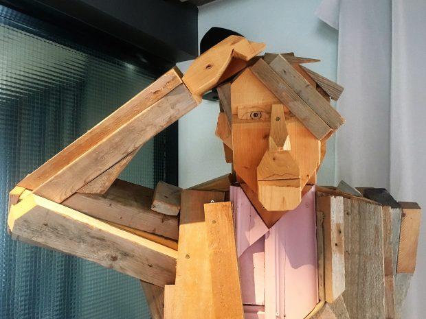 Деревянный че-к из отеля на Миватне, фото Стасмир, photo Stasmir